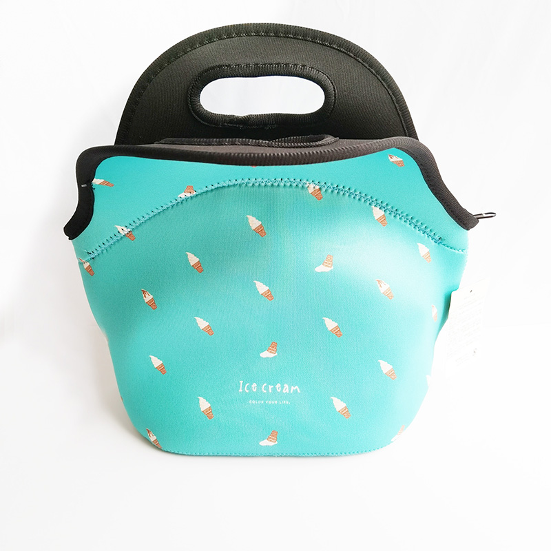 Insulated neoprene lunch bag